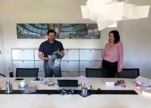Blick hinter die Kulissen – Sabine Reich (r.) & Rui Mayer (l.) während des Online-Seminars